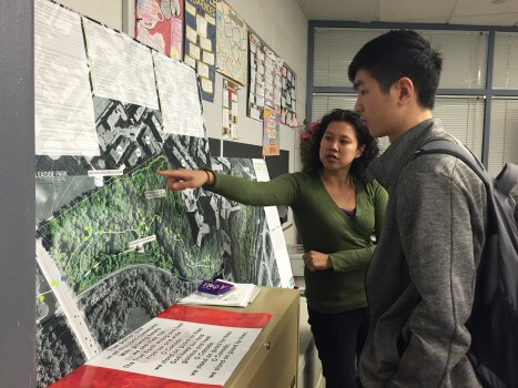Students gave their opinion on the trail through an interactive display. Photo: Sophia Liu